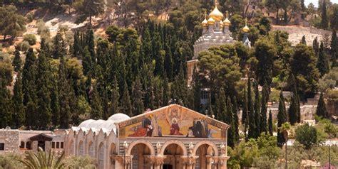 jesuss jerusalem day  tourist israel