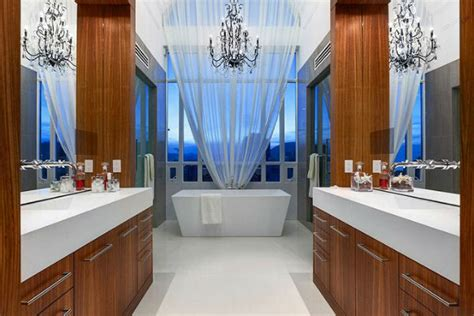 most beautiful bathrooms find the most beautiful luxury bathrooms interior decoration
