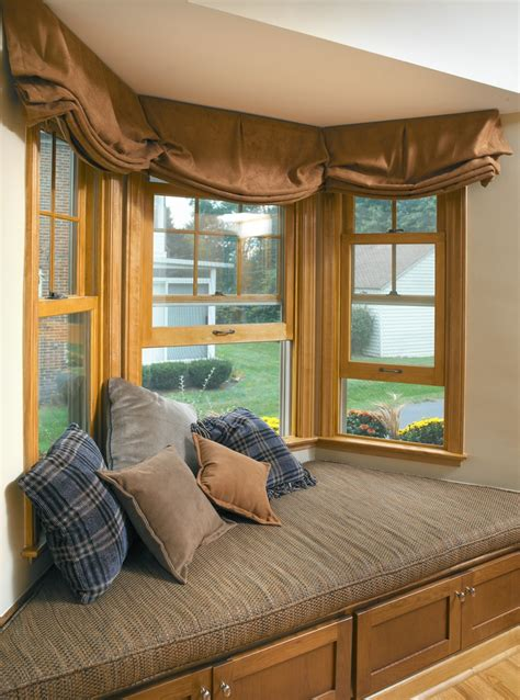 bay window seat bed 70 best bay windows images on living room bay