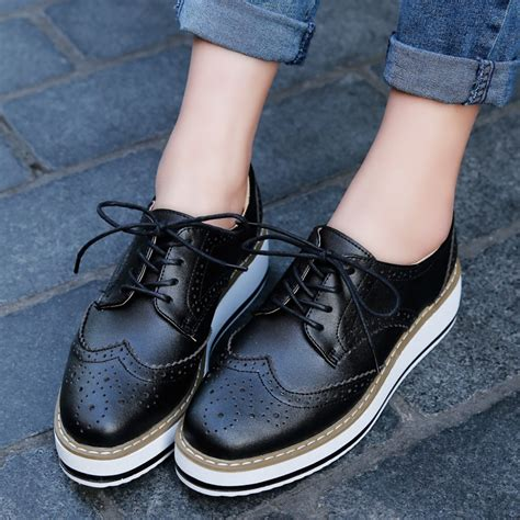 Pointed Brogue Oxfords o16u platform oxfords brogue flats shoes patent