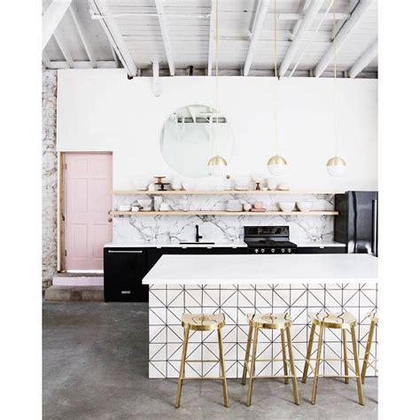 interior design blogs to follow sarah kavrell s newsletter featuring quot the best interior design blogs to follow on instagram quot and