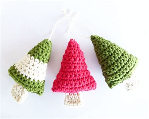 crochet christmas trees free pattern crochet pinterest