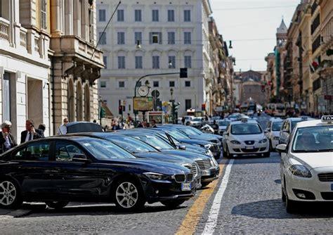 norme si鑒e auto auto al via tagli primo entro due mesi norme