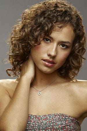 curly haircuts chicago 17 best dora madison burge images on pinterest