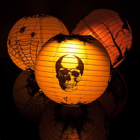 scary colors 14 quot scary story color changing paper lanterns