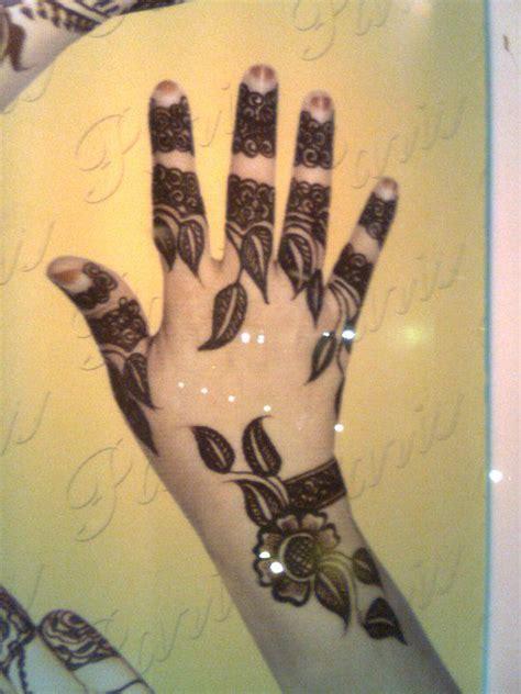 henna design leaves 17 best images about henna on pinterest shoulder henna