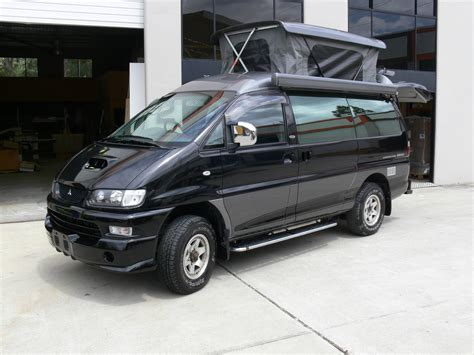 Custom Awnings Delica L400 Xcentrix