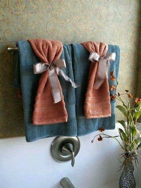 decorating bathroom with towels best 25 bath towel decor ideas on pinterest bathroom