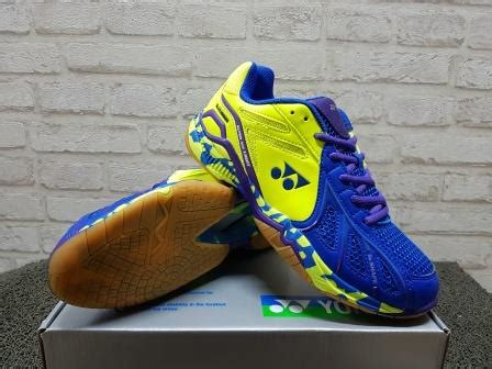 Sepatu Yonex Ace Light sepatu badminton yonex ace light blue lime green