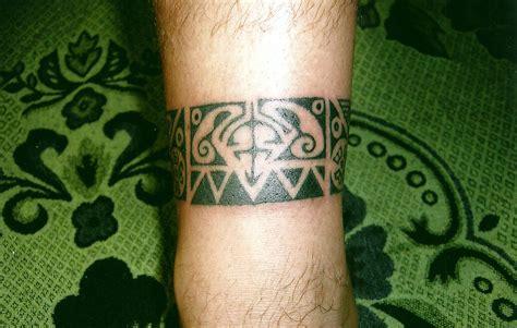 tribal thong tattoo tribal band big magic koh phangan thailand