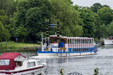 thames river boats richmond to hton court kingston university s location about kingston university