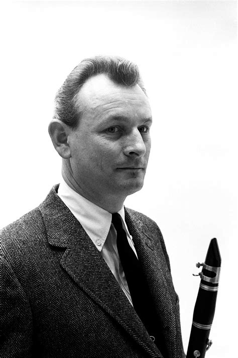 unconventional jazz great jimmy giuffre   due