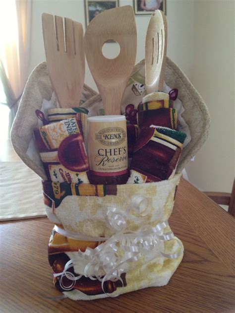 kitchen gift ideas 125 best images about gift baskets on