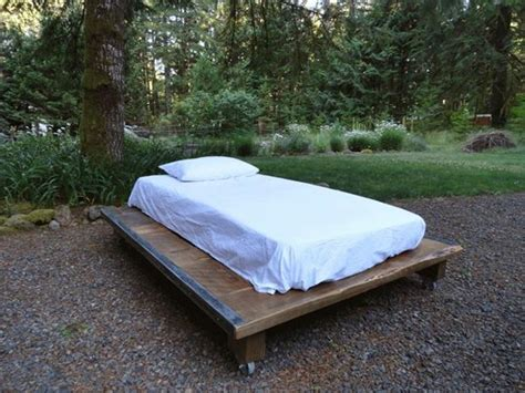 futon on wheels pallet furniture projects with wheels pallet ideas