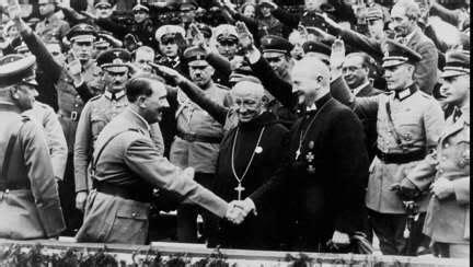 hitler biography spanish jesuit manipulated catholic nazis