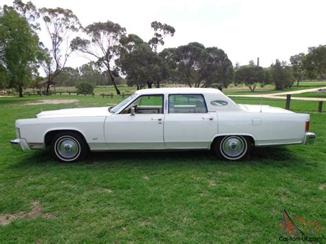 town ford lincoln 1979 ford lincoln town car v8 auto in vic