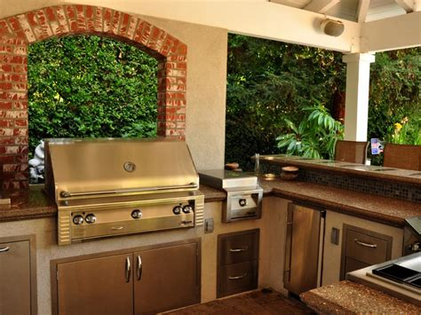 outdoor kitchens hgtv 10 outdoor kitchens that sizzle hgtv