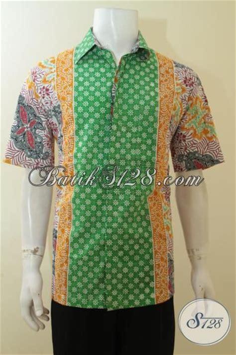 Baju Warna Hijau Kombinasi hem batik cap warna hijau kombinasi kuning motif keren khas anak muda baju batik pria dewasa