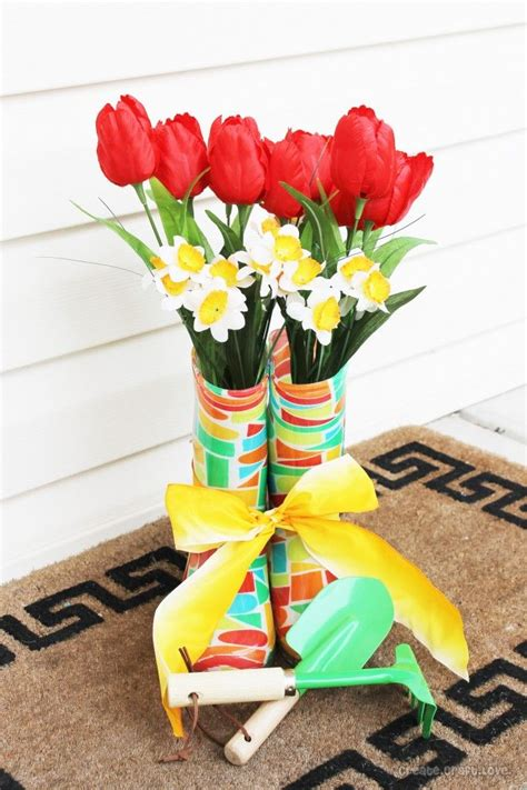 Garden Boot Planter by Best 25 Garden Boots Ideas On Plastic Window