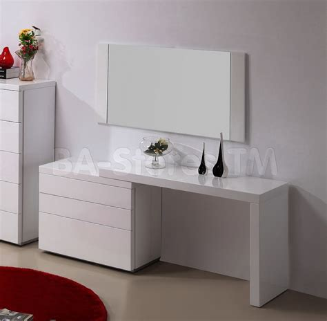 modern bedroom dresser ideas dazzling decorating ideas using rectangular mirrors and