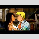scooby-doo-daphne-and-fred-kiss
