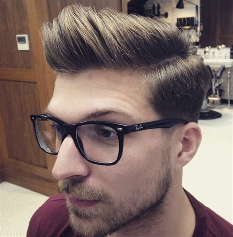 Model Rambut Jabrik by 23 Model Potongan Rambut Pendek Untuk Pria Terbaru Rini