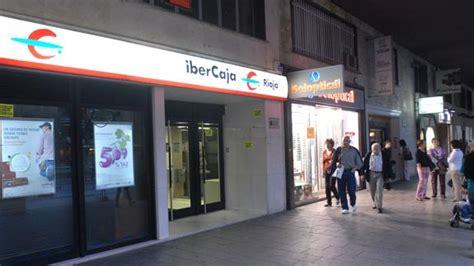 oficina ibercaja ibercaja prev 233 el cierre de 32 sucursales en extremadura