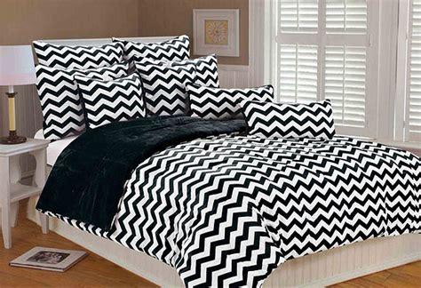black and white zig zag comforter zig zag comforter whereibuyit com