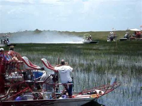 youtube airboat racing airboat racing in the everglades youtube