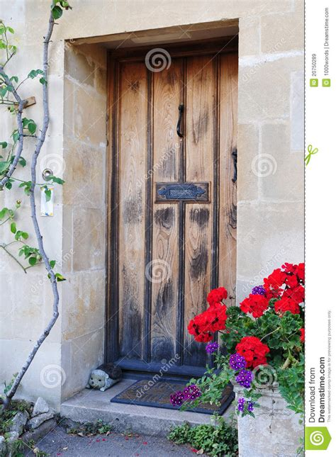cottage front door royalty  stock images image
