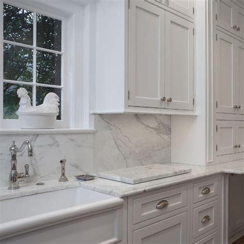 kitchen granite and backsplash ideas best 25 granite backsplash ideas on kitchen