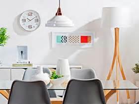 una lampara  cada espacio de la casa