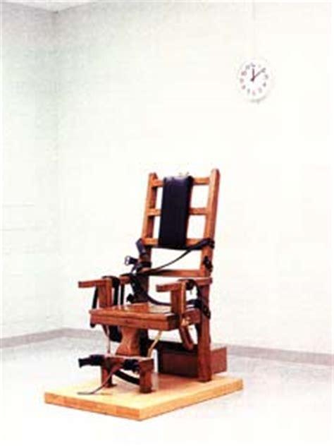 sedia elettrica esecuzione inghilterra uomo costruisce sedia elettrica per uccidere