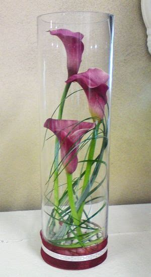 calla lilly centerpiece instead of purple callas we could