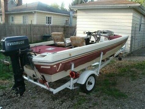 house boats by terry my 1981 terry bass boat with a 28hp evenrude motor get outside pinterest bass boat
