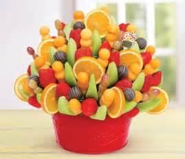 edible fruit centerpieces best 25 edible arrangements ideas on fruit