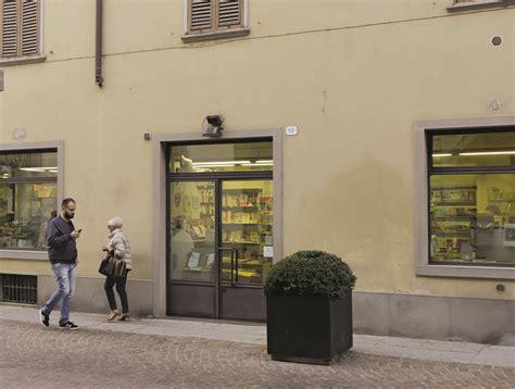 libreria cattolica treviglio la libreria parrocchiale in crisi licenziate