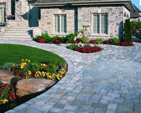 Driveway Landscaping Ideas Easy Driveway Landscaping Ideas