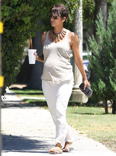 Best Maternity Style Halle Berry by Halle Berry S Maternity Style Project Nursery