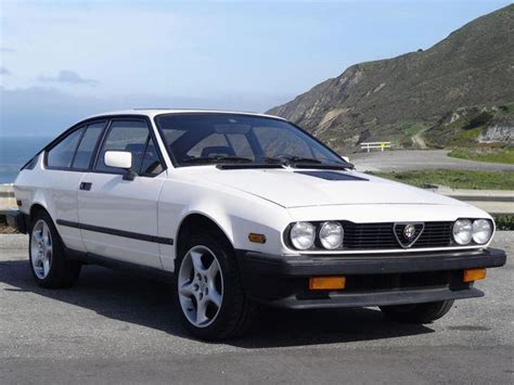1985 Alfa Romeo Gtv6 by Unique Of The Week 1985 Alfa Romeo Gtv6 Carbuzz