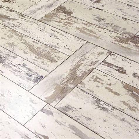vinyl laminate flooring for bathrooms best 25 vinyl plank flooring ideas on vinyl