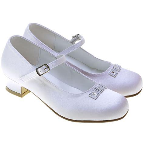 holy communion shoes holy communion shoes with three diamantes cachet