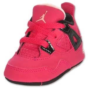 retro infant shoes