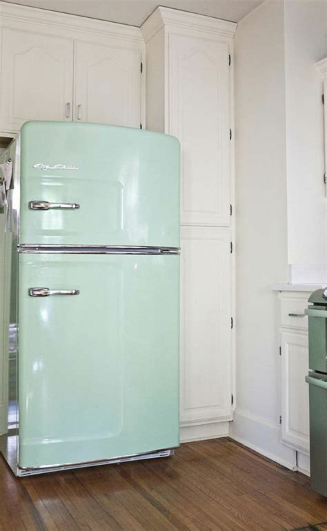 mint green kitchen appliances i seriously need this vintage mint refrigerator home