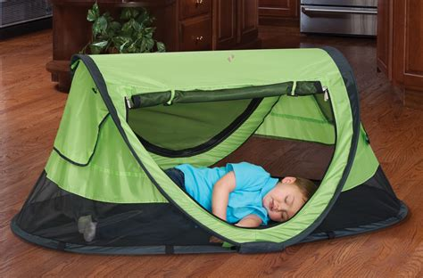 peapod plus baby travel bed peapod plus indoor outdoor travel bed for children baby