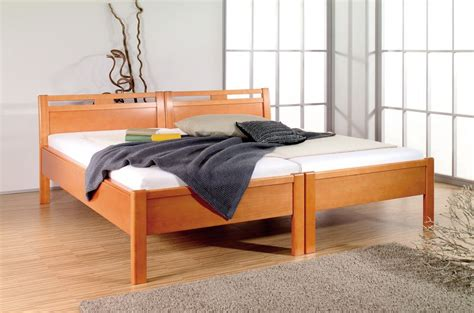 Hohe Doppelbetten by Teilbare Betten Ganz Einfach Vom Doppelbett Zu Zwei