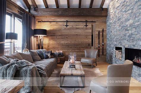 wohnzimmer urig das wohnzimmer in braun gestalten und zeitlos im trend bleiben