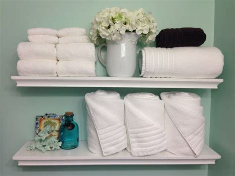 bathroom towel display ideas 1000 ideas about bathroom towel display on