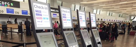 web port checker flughafen wien check in
