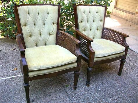 How To Reupholster A Chair Reupholstering A Chair Kovi